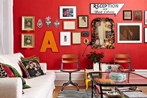 Trang Trí Phòng Khách Đón Giáng Sinh Với Gam Màu Đỏ Ấm
